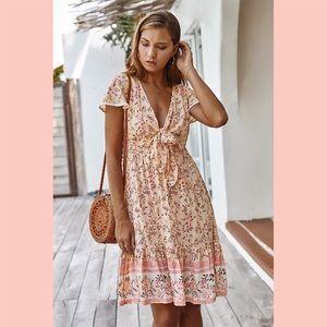 Dresses & Skirts - Pink V-Neck Floral Print Ruffled Dress
